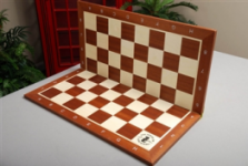 House of Staunton wood folding chess board